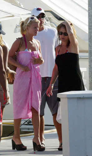 Nick Lachey and Jessica Simpson spent Mother's Day weekend with her mom Tina on a boat in Cabo in 2004.
