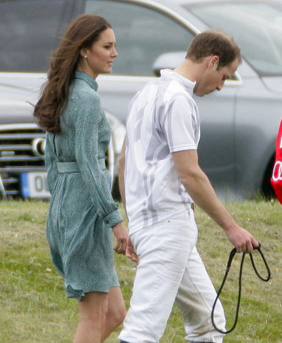 Kate joined William on the field, showing off her knee-length Libélula dress.
