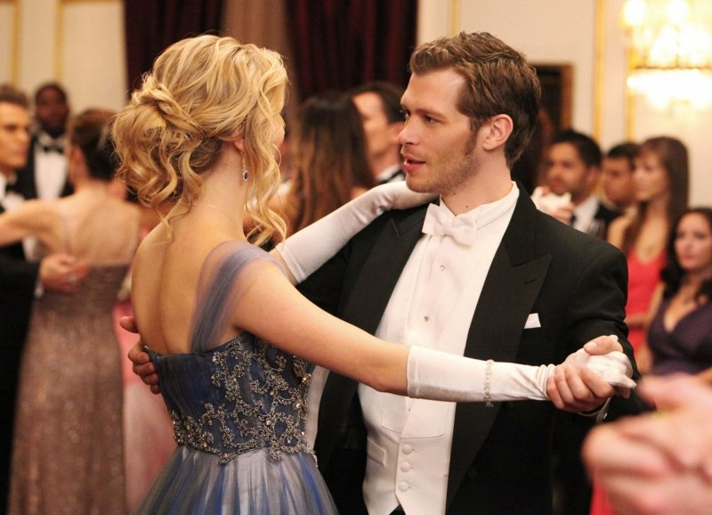 Klaus Crushes on Caroline