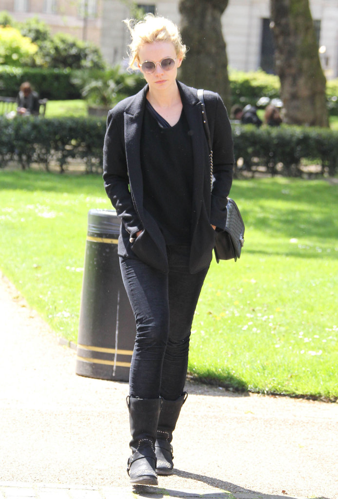 Carey Mulligan wore all black in London.
