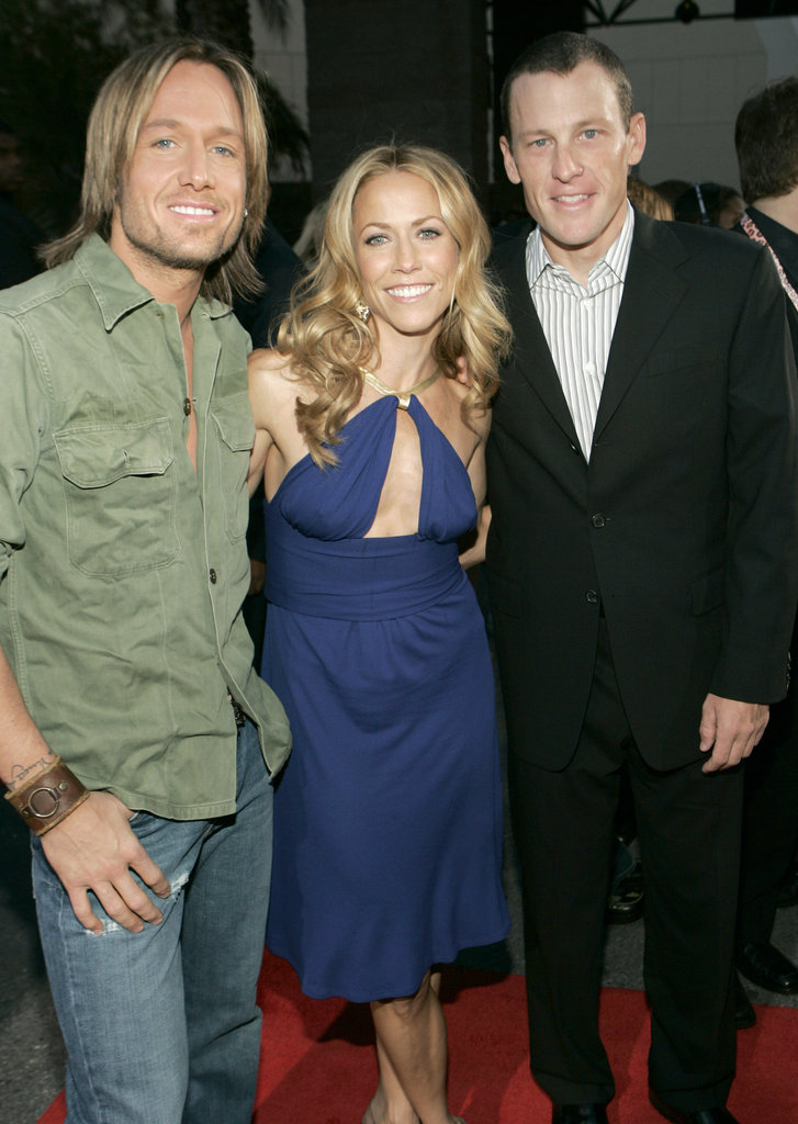 Keith Urban, Sheryl Crow, and Lance Armstrong hung out at the December 2004 Billboard Music Awards.