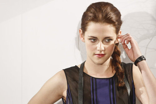 Kristen Stewart Wears Her Hair in a Side Braid for the Madrid Premiere of Snow White and the Huntsman