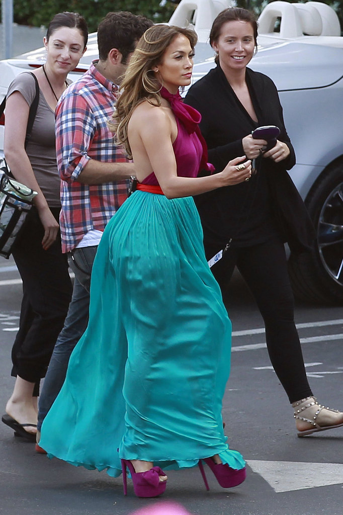 Jennifer Lopez wore a brightly colored dress on the set of American Idol.
