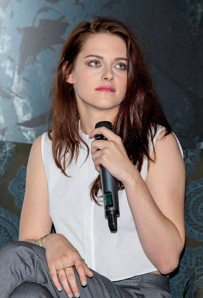 Kristen Stewart talked with Mexican fans.