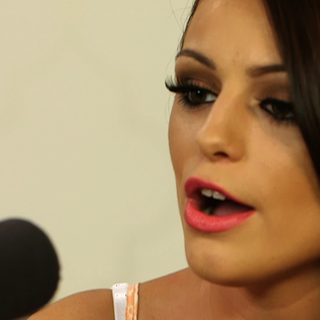"Cher Lloyd Performs ""Want You Back"" Live (Video)"