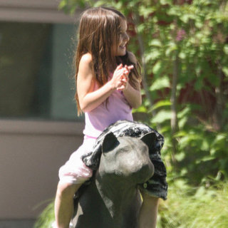 Katie Holmes and Suri at Park in Baton Rouge Pictures
