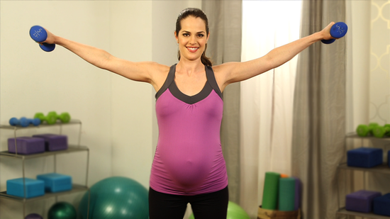 Work Out in Comfort With These Maternity Activewear Picks!