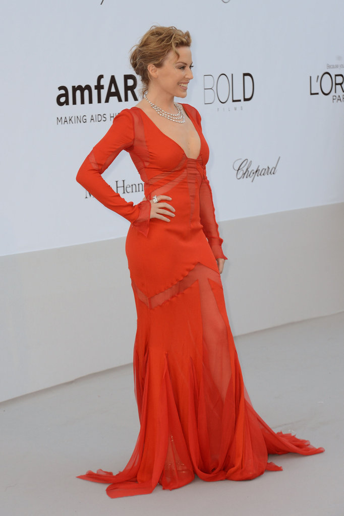 Another view of Kylie's stunning crimson Emilio Pucci gown.