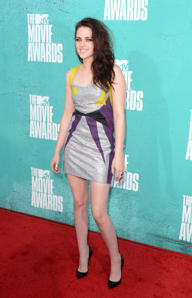 Kristen Stewart wore a metallic dress to the 2012 MTV Movie Awards.