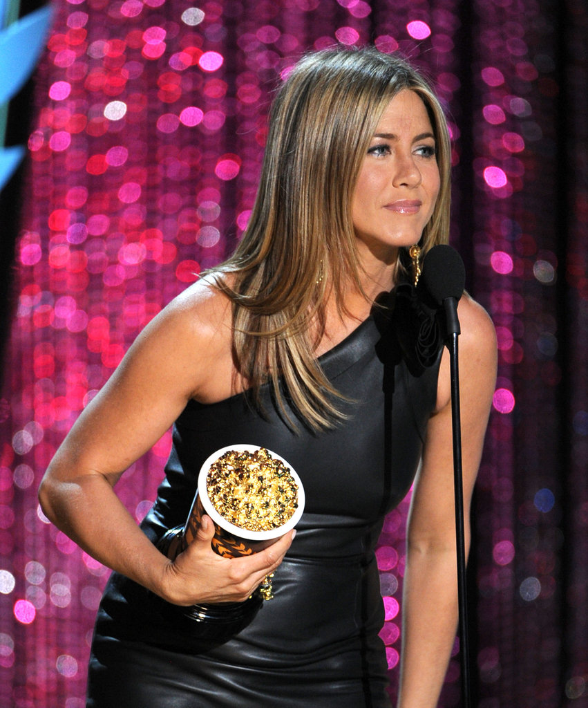 Jennifer Aniston accepted the golden popcorn for best dirtbag.