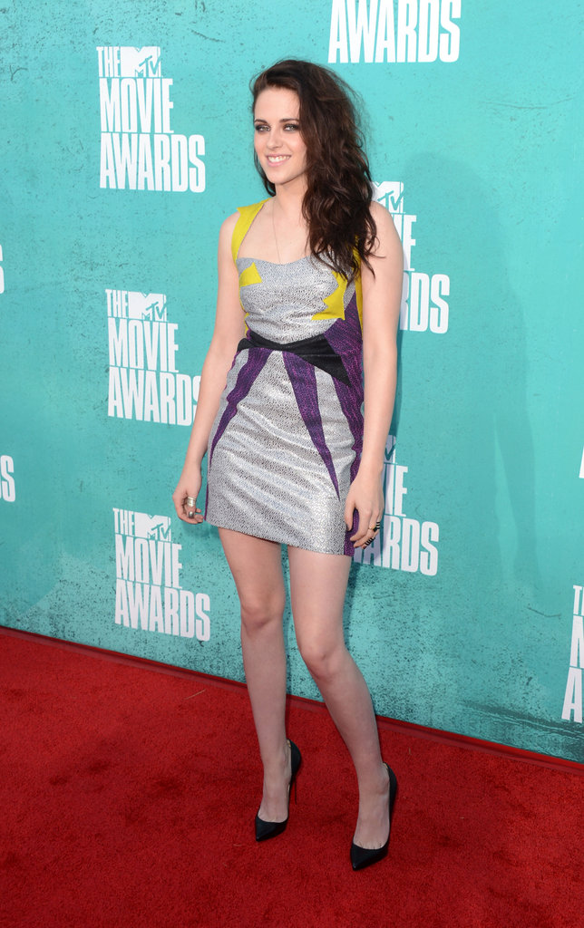 Kristen Stewart posed at the 2012 MTV Movie Awards.