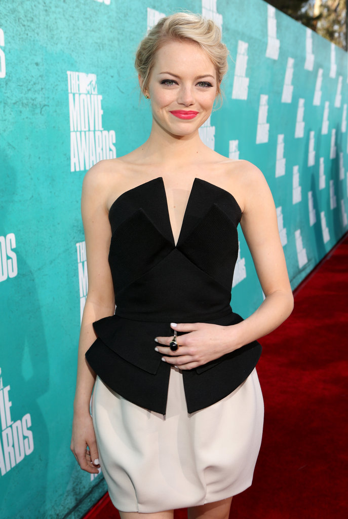 Emma Stone rocked a bright lip shade.