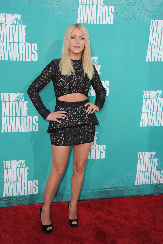 Julianne Hough posed with her hands on her hips at the MTV Movie Awards.