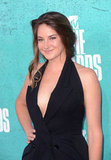Shailene Woodley wore black to the show.