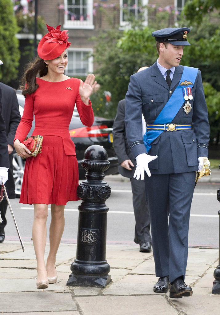 Kate waved to the crowds before the Thames Diamond Jubilee Pageant.
