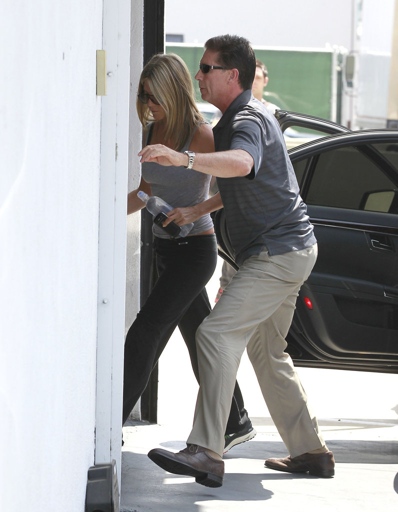 Jennifer Aniston Starts Her Weekend With a Workout