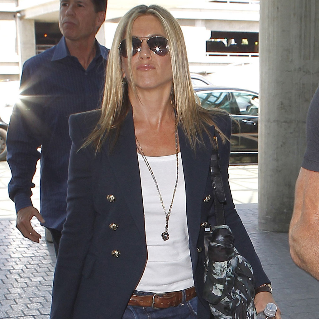 Jennifer Aniston and Justin Theroux Take Off Together