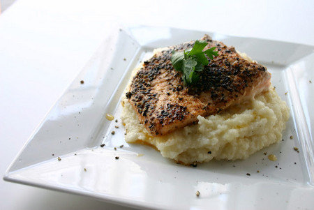 Black Peppercorn Salmon and Monterey Jack Grits