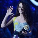 Kristen Stewart Video Footage at 2012 MTV Movie Awards