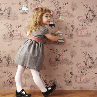 Kid-Friendly Wallpaper Designs