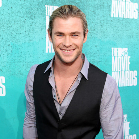 Chris Hemsworth Pictures at 2012 MTV Movie Awards
