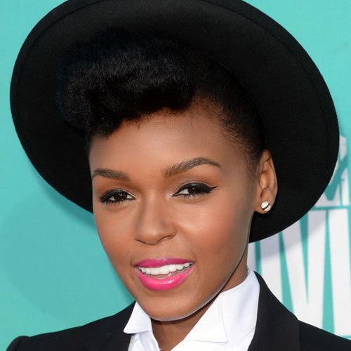Janelle Monae Wearing Pink Lipstick at the 2012 MTV Movie Awards
