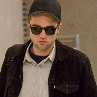 Robert Pattinson Pictures Arriving at LAX
