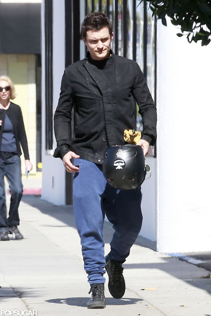 Orlando Bloom wore sweats.
