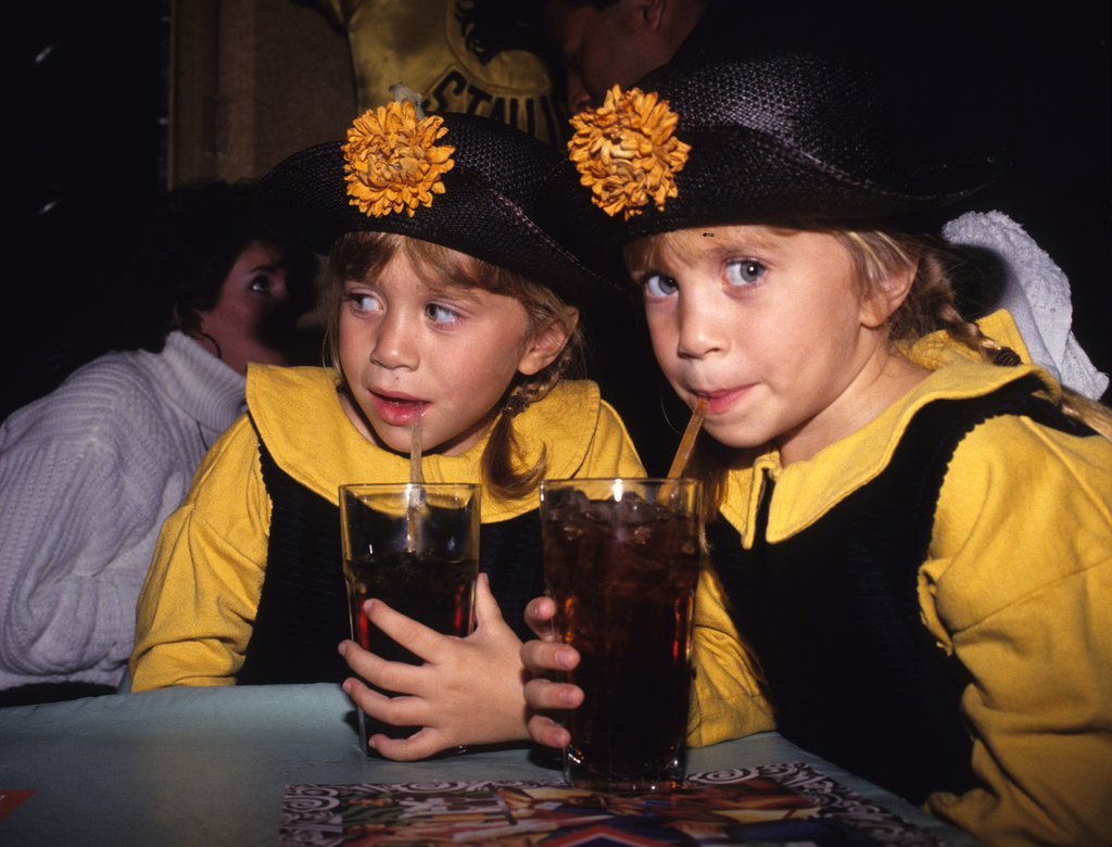 Mary-Kate Olsen and Ashley Olsen wore the same hat and dress in the '90s.