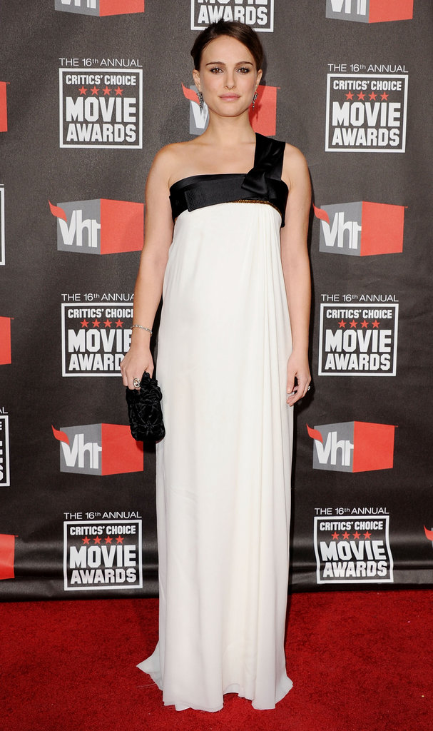 Natalie Portman in Gianfranco Ferré at the 2011 Critics' Choice Awards