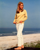 Faye Dunaway showed off the perfect pair of beachy-chic white jeans in The Thomas Crown Affair.