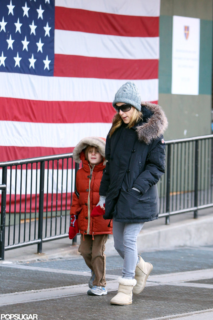 Sarah Jessica Parker and son James Wilkie passed the stars and stripes during a walk to school in NYC in December 2010.
