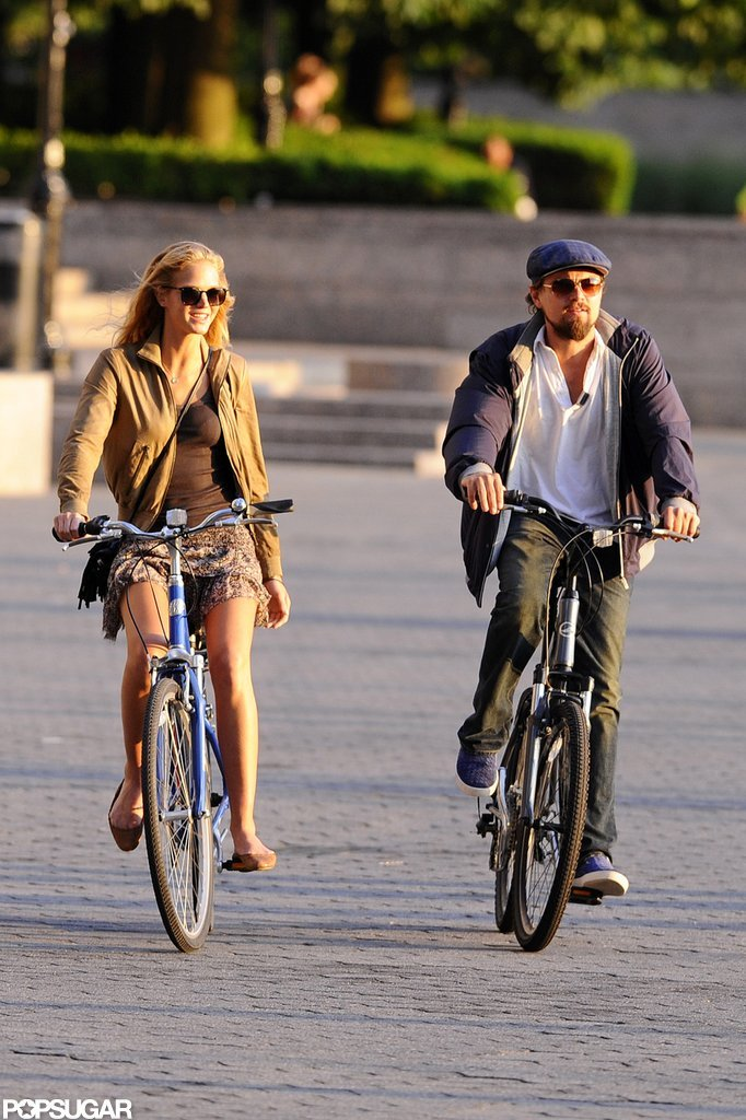 Leonardo DiCaprio and his Victoria's Secret Angel girlfriend Erin Heatherton rode bikes in NYC together in June 2012.