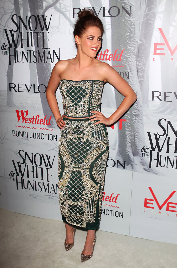 Kristen Stewart attended a Snow White and the Huntsman screening.