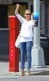 Cameron Diaz wore sunglasses while hailing a taxi in NYC.