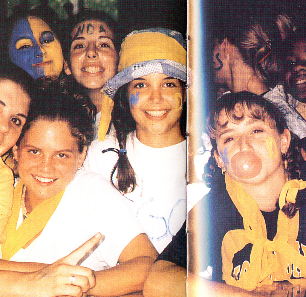 Katie Holmes, center, had plenty of school spirit.