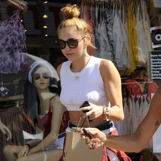 Miley Cyrus Pictures Shopping at American Apparel