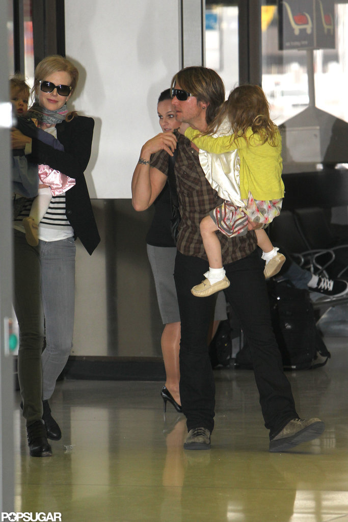 Nicole Kidman, Faith Urban, Keith Urban, and Sunday Urban traveled to the US.