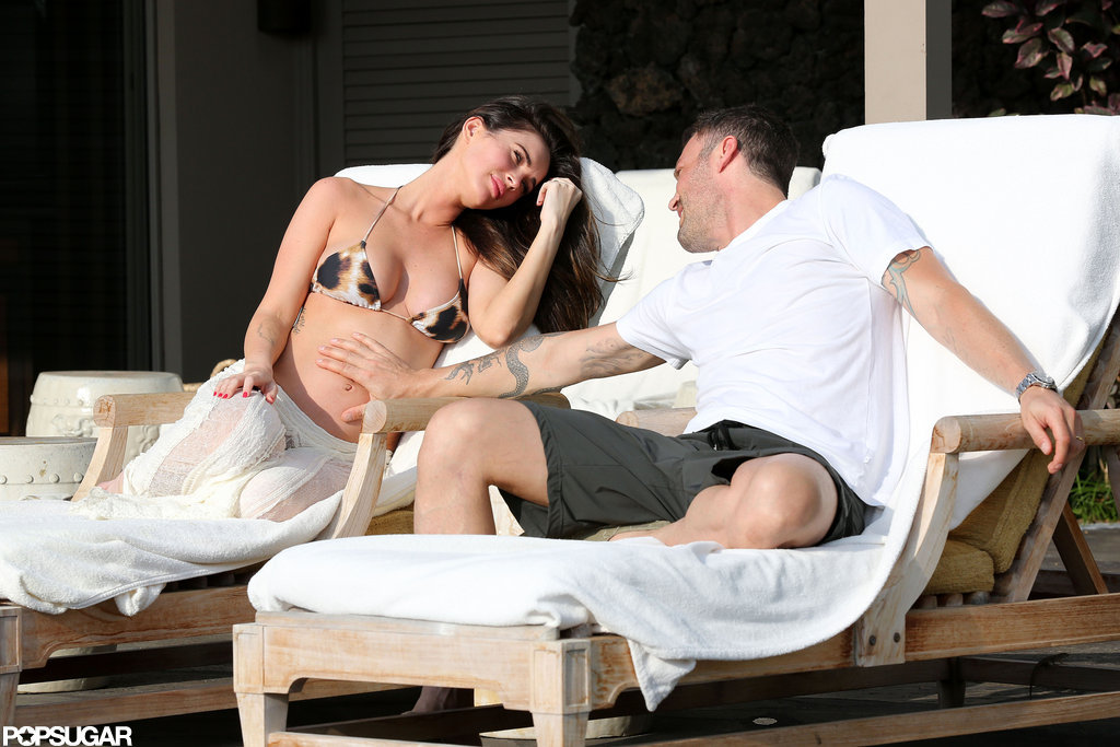 Brian Austin Green posed with his pregnant wife in Kona.