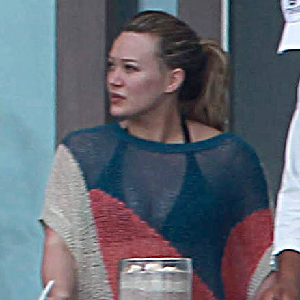 Hilary Duff Wearing Bikini in Mexico Pictures