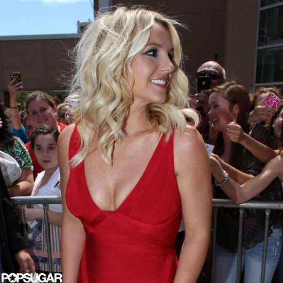 Britney Spears posed for photos while fans snapped photos of the pop princess.