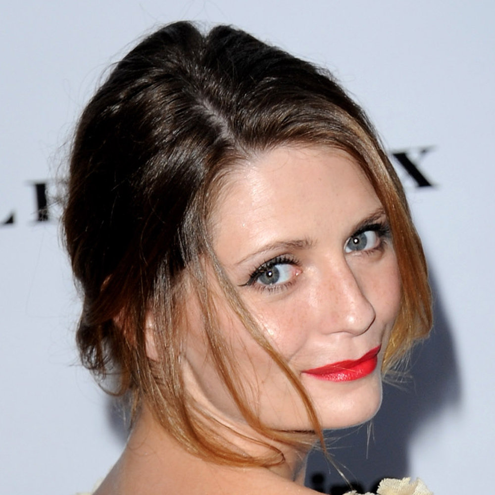 Mischa Barton rocked a very classic look at the Serpentine Gallery Summer party in London this week. To get her precision winged-eyeliner look, try using a gel eyeliner pot with an angled crush. We love MAC's 266 Small Angle Brush ($39).