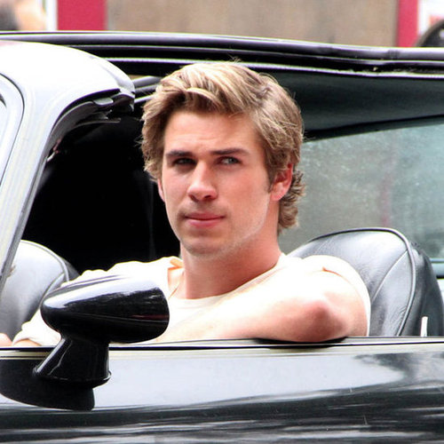 Liam Hemsworth Empire State Set Pictures in NYC