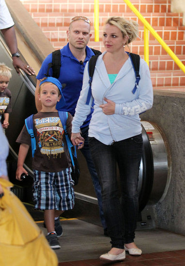 Britney Spears arrived in Maui with her boys, Sean Preston Federline and Jayden James Federline, and Jason Trawick.