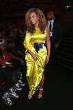 Beyoncé glowed as she made her way to the stage to accept the best female R&B artist award. Her chartreuse Stéphane Rolland gown was made for the spotlight.