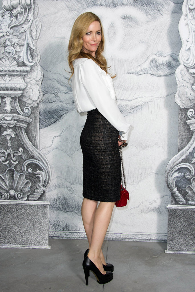 Leslie Mann struck a pose at the Chanel photo call in Paris.