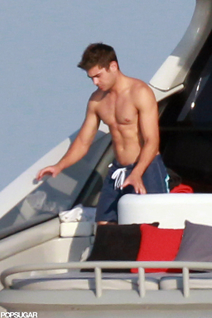 Zac Efron has a sexy six-pack.