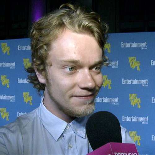 Game of Thrones Alfie Allen Interview at Comic-Con (Video)