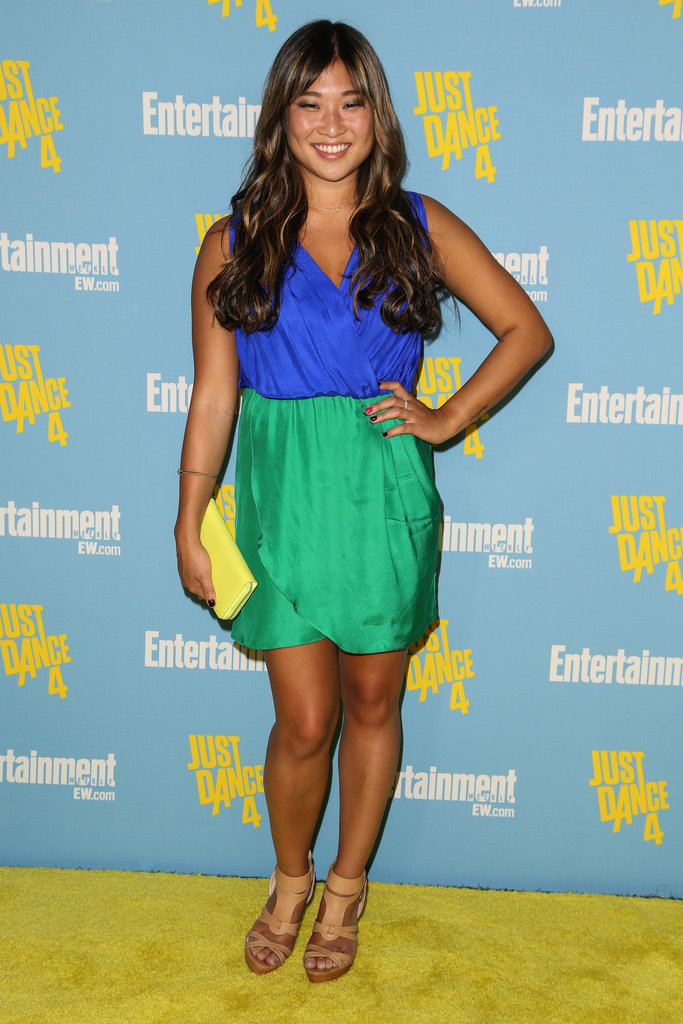 Jenna Ushkowitz was the picture of California cool in a green-and-blue dress, nude sandals, and a yellow clutch.