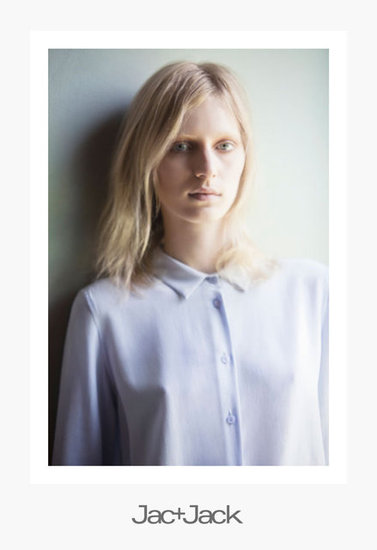 Julia Nobis Lets Her Natural Beauty Shine Through For Jac+Jack